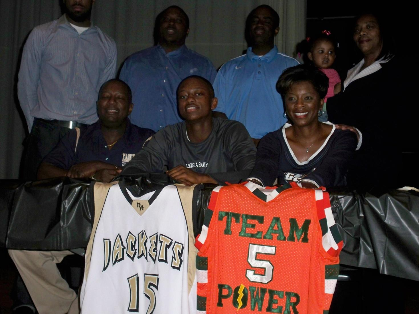 "Team Power 2011 – ""Jessie Pernell"" Signs with Georgia Southern"